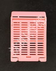 China Pink Tissue Embedding Cassettes Multi Compartments For Hospital Laboratory Consumable supplier